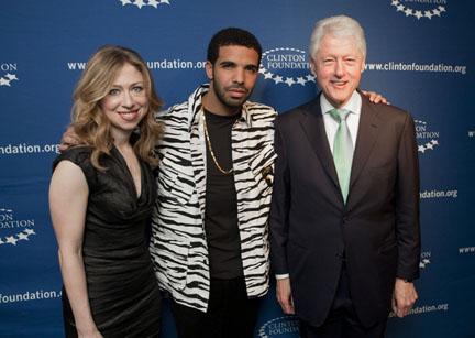 2011-03-18-ChelseaClinton_Drake_PresidentClinton.jpg