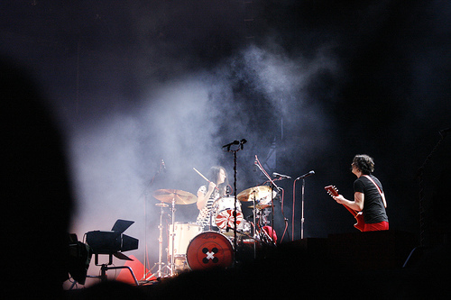 2011-03-21-WhiteStripes.jpg