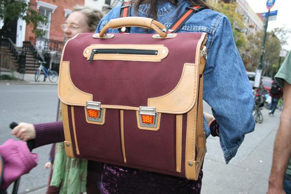 2011-03-21-backpack_supercute2.jpg