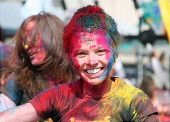 2011-03-22-Indian_Spring_Festival_Colors_Holi_A.jpg