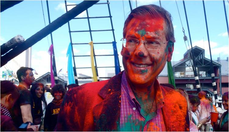 2011-03-22-Indian_Spring_Festival_Colors_Holi_N.jpg