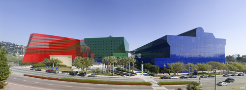 2011-03-23-cesar_Red_Building_N.SanVicenteBlvd.jpg