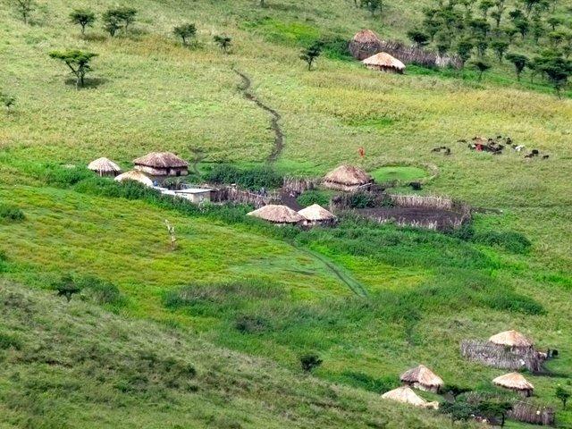 2011-03-29-MaasaiVillage_ChuckWolfe.jpg