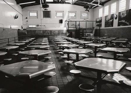 2011-04-04-cafeteriasm.jpg