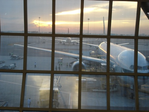 2011-04-08-BangkokAirport_5.jpeg