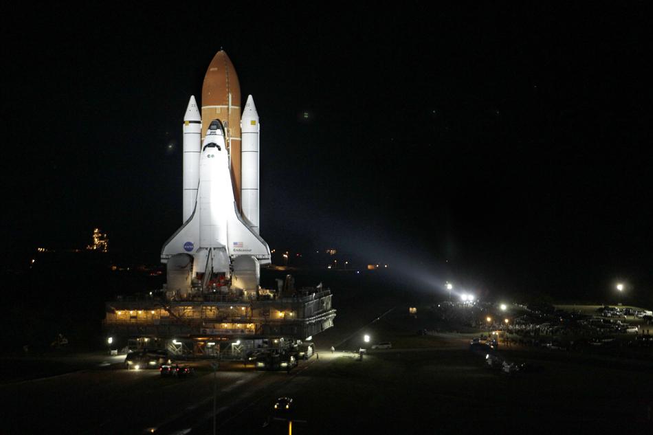 2011-04-15-shuttlelarge.jpg