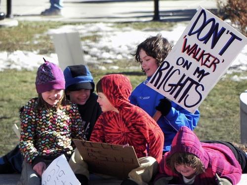 2011-04-20-WisconsinProtests.jpg