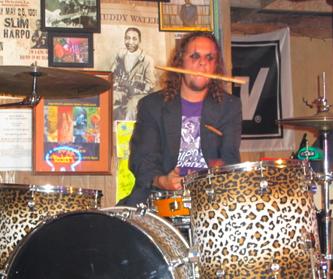 2011-04-28-drummer1.png