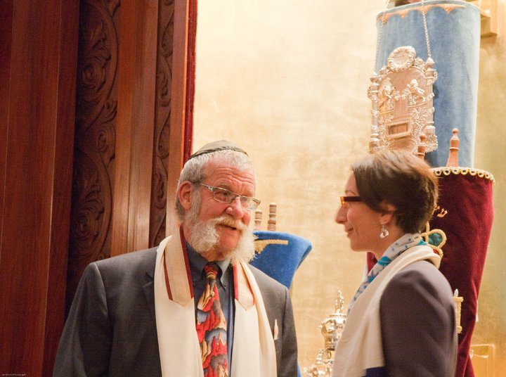 2011-04-29-RabbiRochelledadsbarmitzvah2.jpg