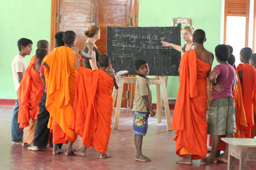 2011-05-04-1TeachinginSriLanka.jpg