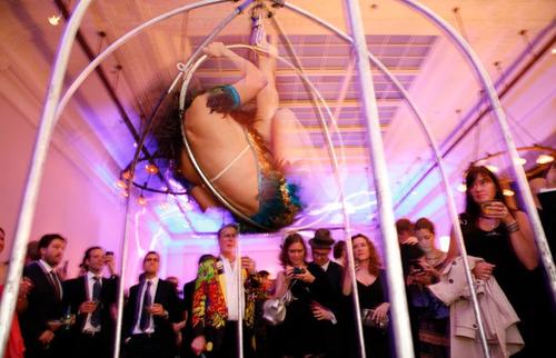 2011-05-16-images-mcc_dancer.jpg