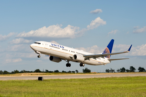 2011-05-19-Unitedairlinestakeoff.jpg