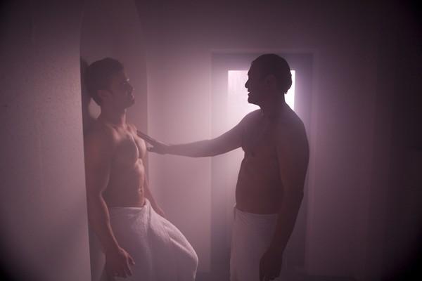 transen party gay sauna darkroom