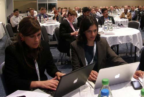 2011-06-16-WANIFRA10thNewsroomSummitAbuFadil.jpg