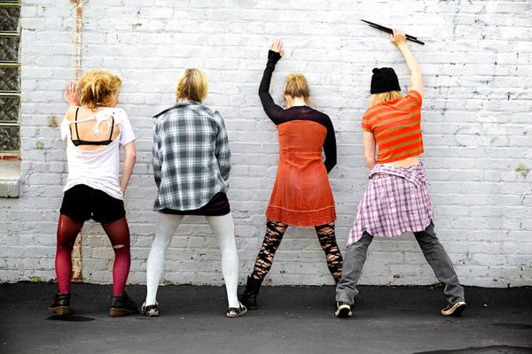 2011-06-21-girlband2.jpg