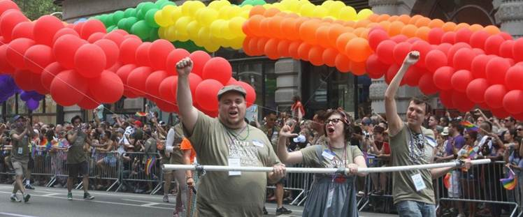 2011-06-27-Gay_Pride_Parade_NYC_2011_B.jpg