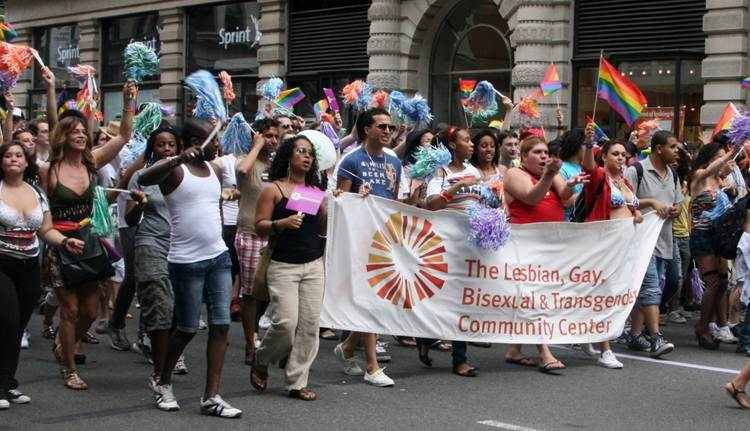 2011-06-27-Gay_Pride_Parade_NYC_2011_N.jpg