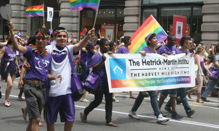 2011-06-27-Gay_Pride_Parade_NYC_2011_O.jpg
