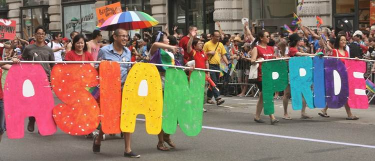 2011-06-27-Gay_Pride_Parade_NYC_2011_T.jpg
