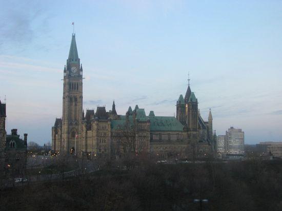 2011-06-30-ParliamentHill2.jpg