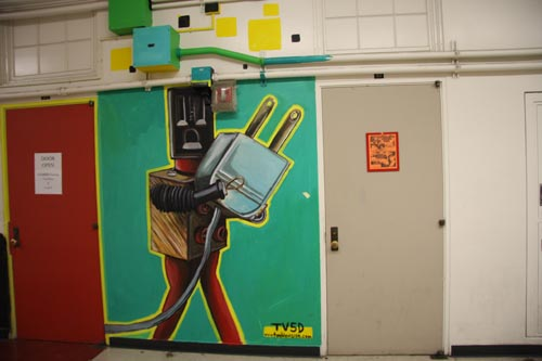 2011-07-13-ManualArtsHigh_hallway3.jpg