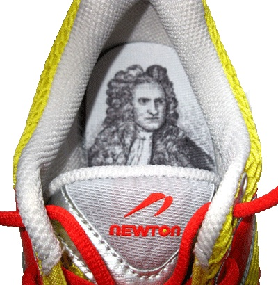 2011-07-27-Newton_shoes_Isaac_Newton.jpg
