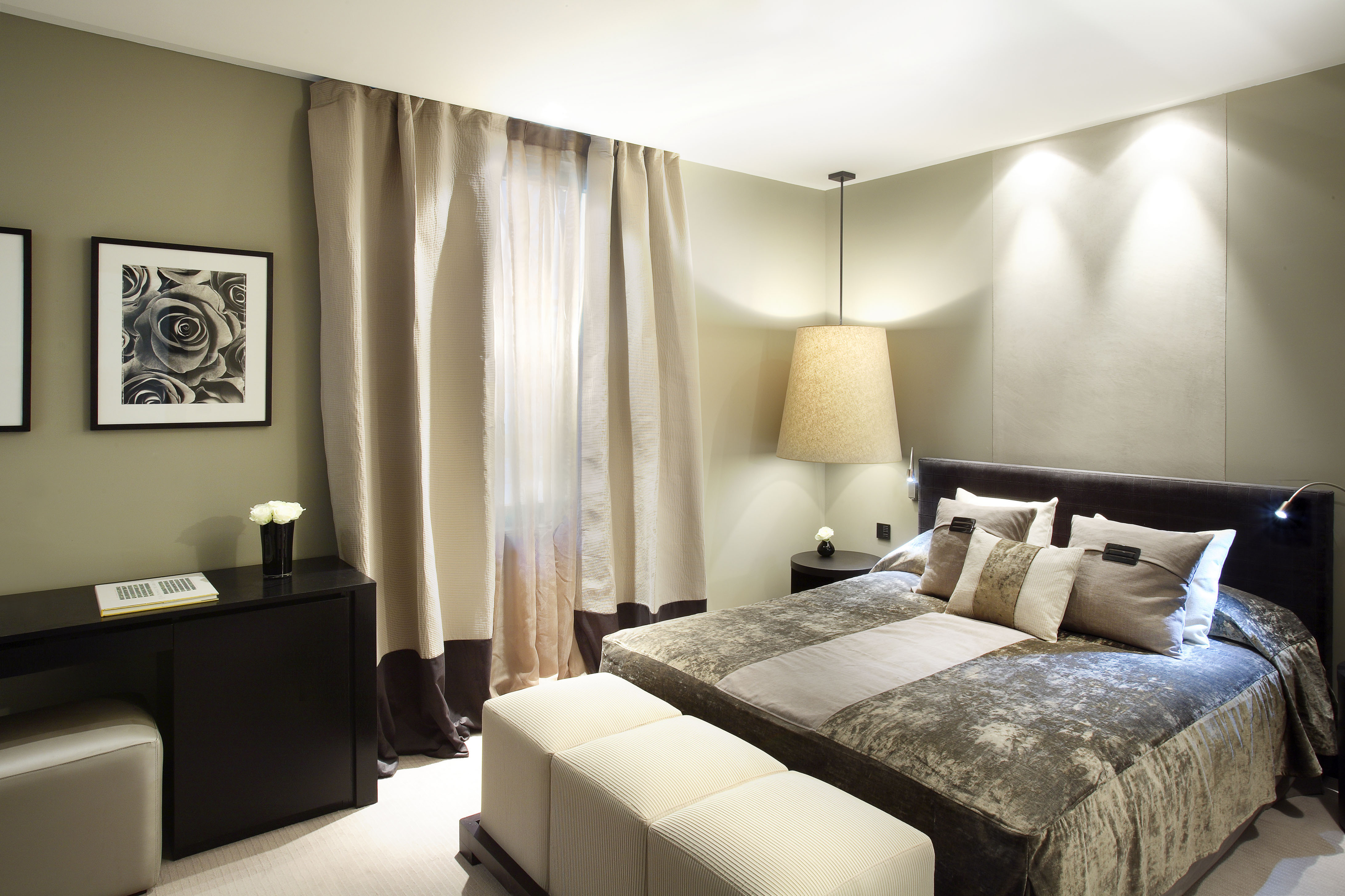 Hotel design home away from home huffpost uk for Hotel decor for home
