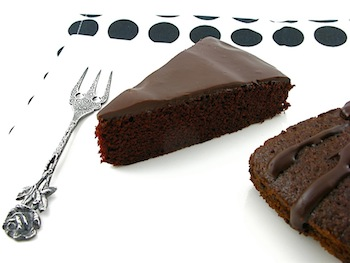 2011-08-16-EggfreeChocolateCakeI.jpg