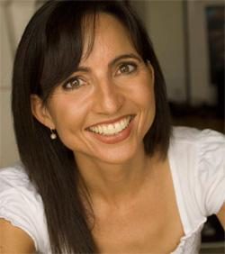 2011-08-16-MariaMurnaneHeadshot.jpg