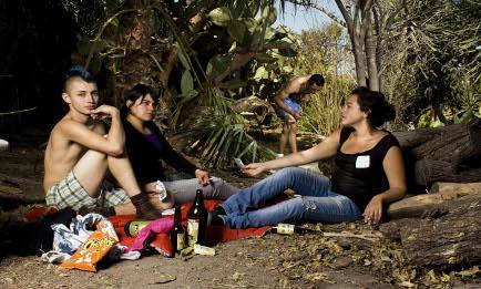 2011-08-17-AlejandraZapata_ReproductionofBreakfastonthegrasssmallsize.jpeg