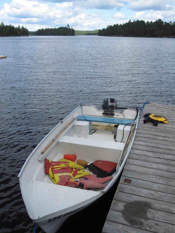 2011-08-31-1Theboatgettingreadytoleave.jpgSML.jpg