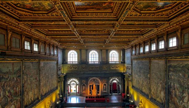 2011-08-31-Palazzo_Vecchiowikicommon.jpg