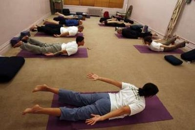 2011-09-04-yogagroupphoto.jpg