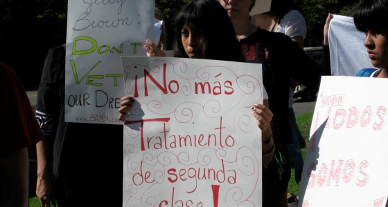 2011-09-09-studentsprotest.jpg