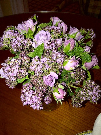2011-09-13-FlowersinmybathroomatLeBristol.jpg
