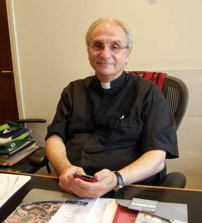 2011-09-13-Rev.HabibBadrSat7ChairmanofInt.BoardAbuFadil.jpg