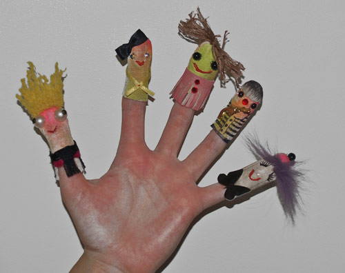 2011-09-14-fingerpuppet_web.jpg