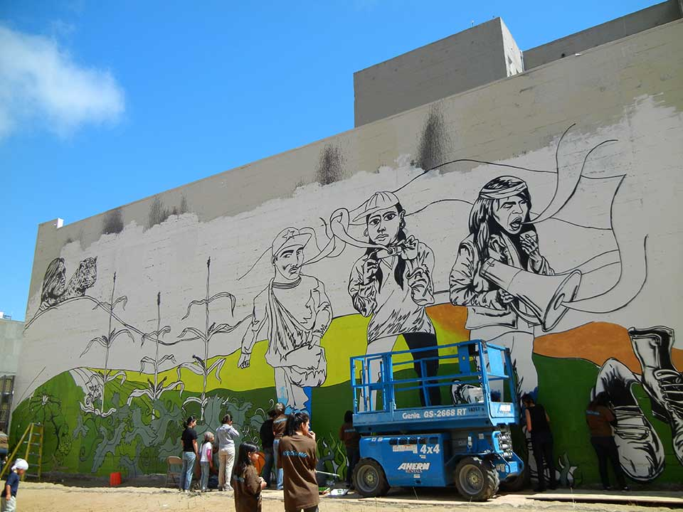 2011-09-19-262.mural.painting.jpg