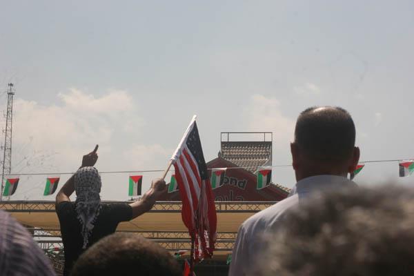 2011-09-21-burning_us_flag.jpeg