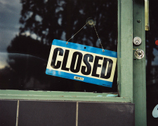 2011-09-26-Closedflickrjojomelons225x180.jpg