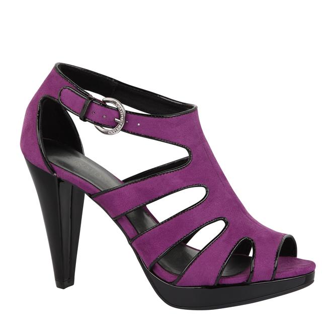 2011-09-27-shoe.jpg