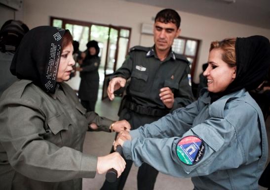 2011-09-29-Afghanwomanpolice.JPG