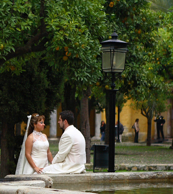 2011-10-03-happywedding.jpg