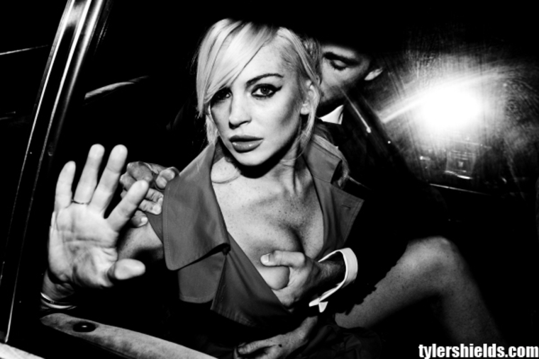 2011-10-05-LindsayLohan2011TylerShieldsPhotoshoot02.jpg