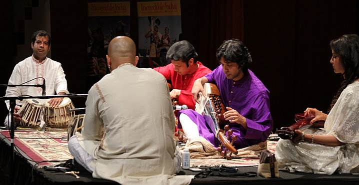2011-10-24-Ustad_Amjad_AliKhan_Sons_Perform_NYC_D.jpg