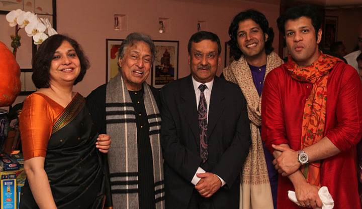 2011-10-24-Ustad_Amjad_AliKhan_Sons_Perform_NYC_F.jpg
