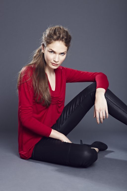 2011-10-25-Thermal_fashion_Flatterer_top_keep_warm_winter_Hot_Squash.jpg