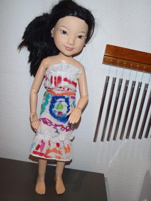 2011-10-25-yukofashiondivalowrez.jpg