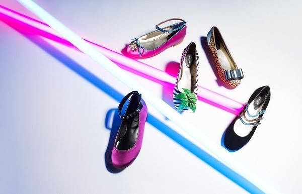 2011-11-01-0_Design_your_own_ballet_flats_shoes_customisation_trend_Upper_street.jpg