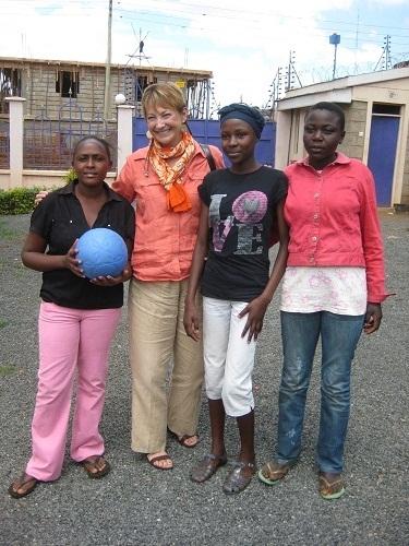 2011-11-01-Sandra.Nairobi.2.jpg